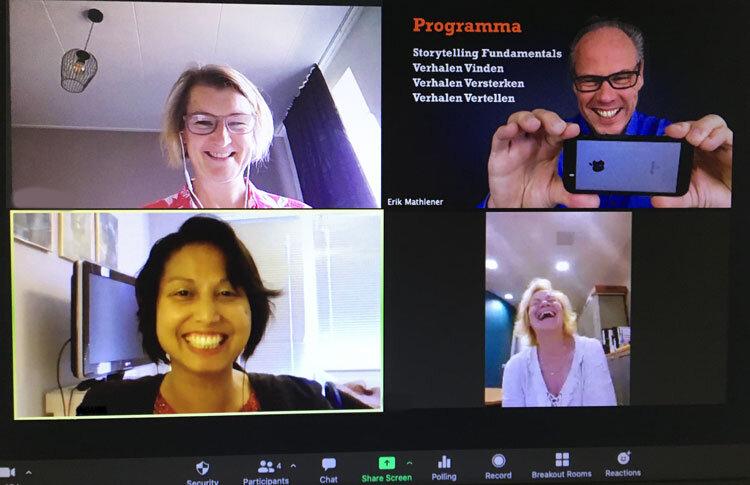 lachen met verhalen bij online cursus storytelling